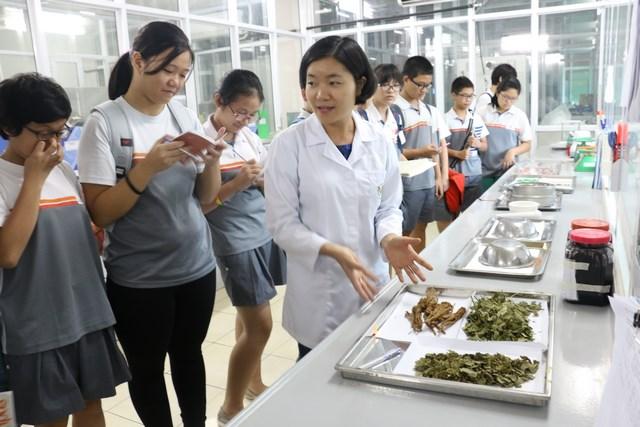 san xuat thuc pham chuc nang 7, đào tạo dược sĩ, san xuat thuc pham chuc nang 19, nghiên cứu thực phẩm chức năng, bào chế thực phẩm chức năng