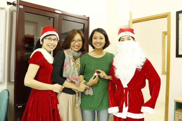 Tưng bừng Noel trên khắp Hệ thống IMC