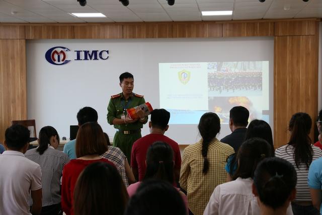 Nhà máy Công nghệ cao IMC Quang Minh 2 đào tạo phòng cháy chữa cháy năm 2018