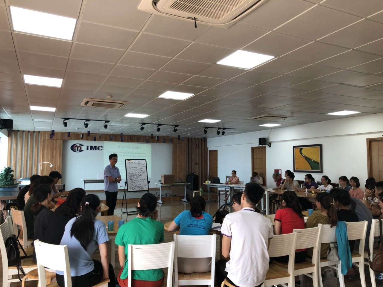 Nhà máy Công nghệ cao IMC Quang Minh 2 đẩy mạnh đào tạo nội bộ